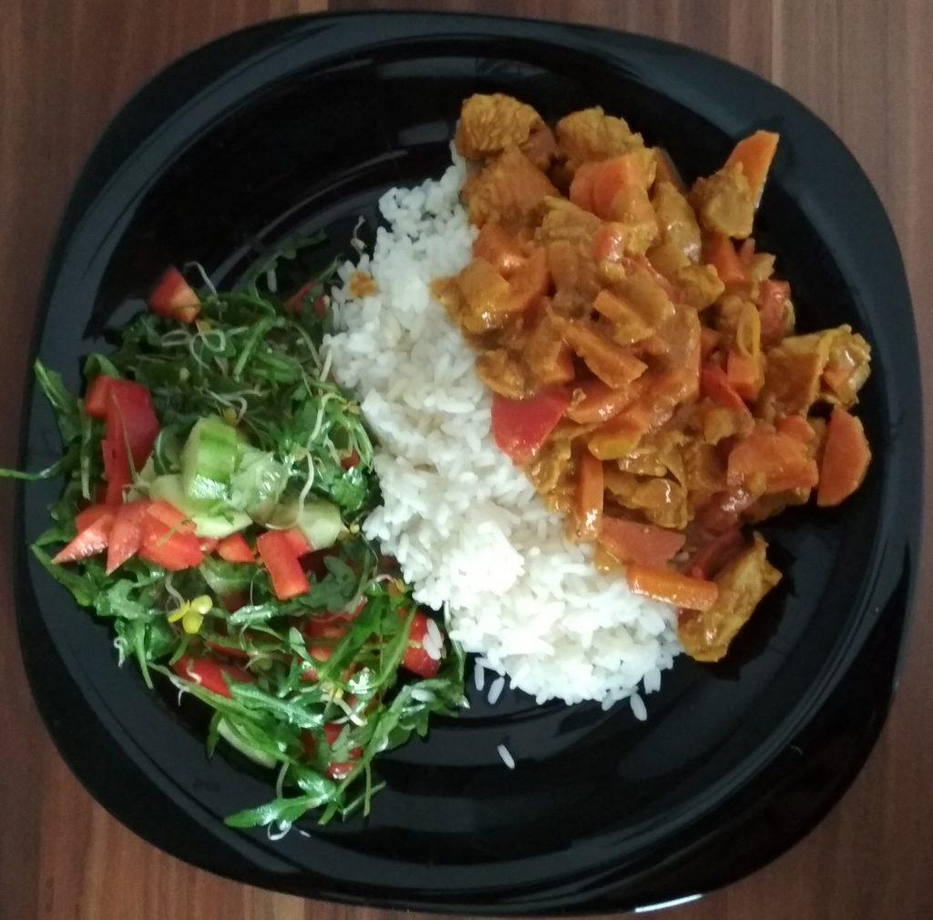 Kurczak/indyk w sosie curry