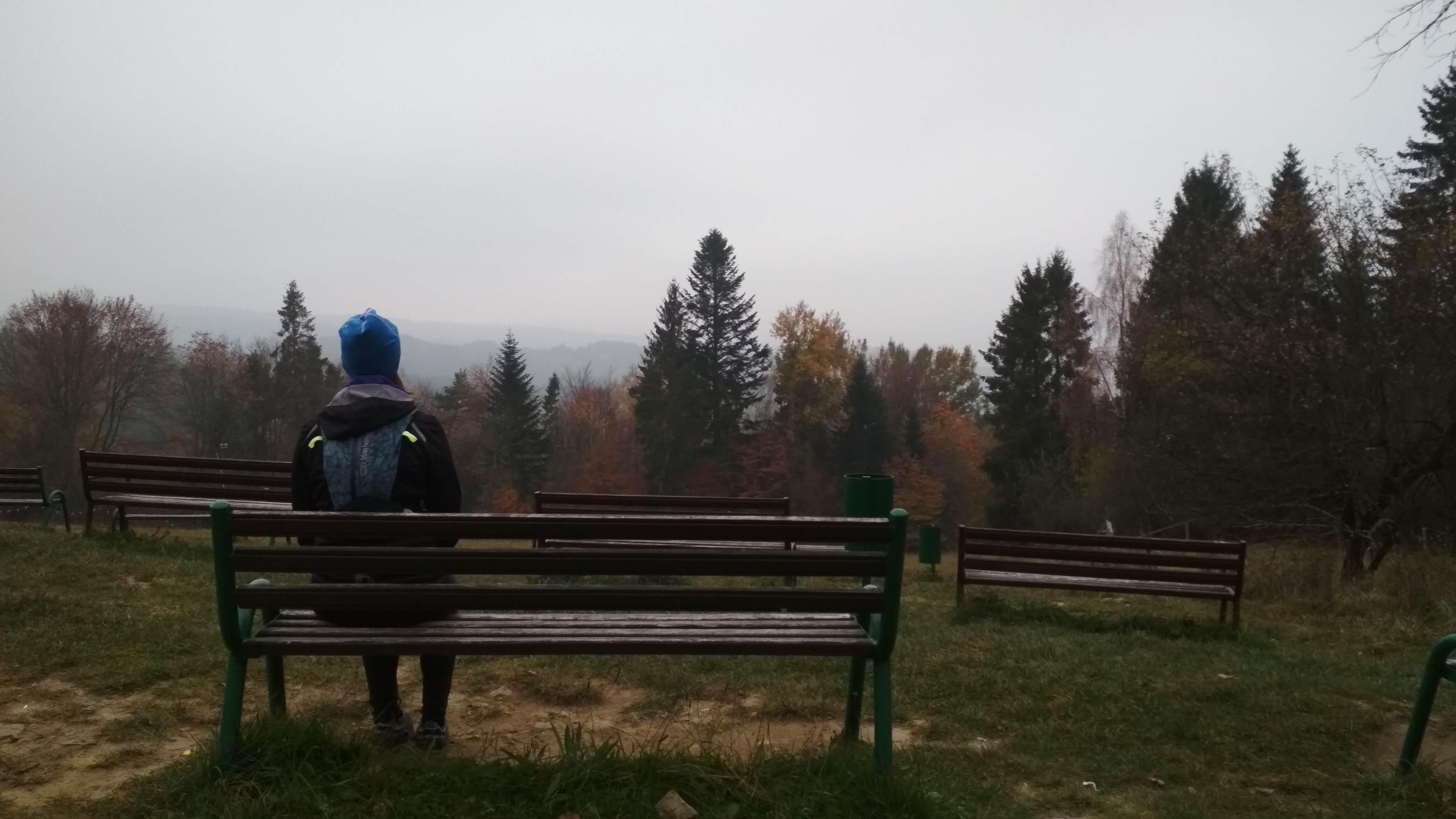 Podziwiając widoki na Górze Parkowej