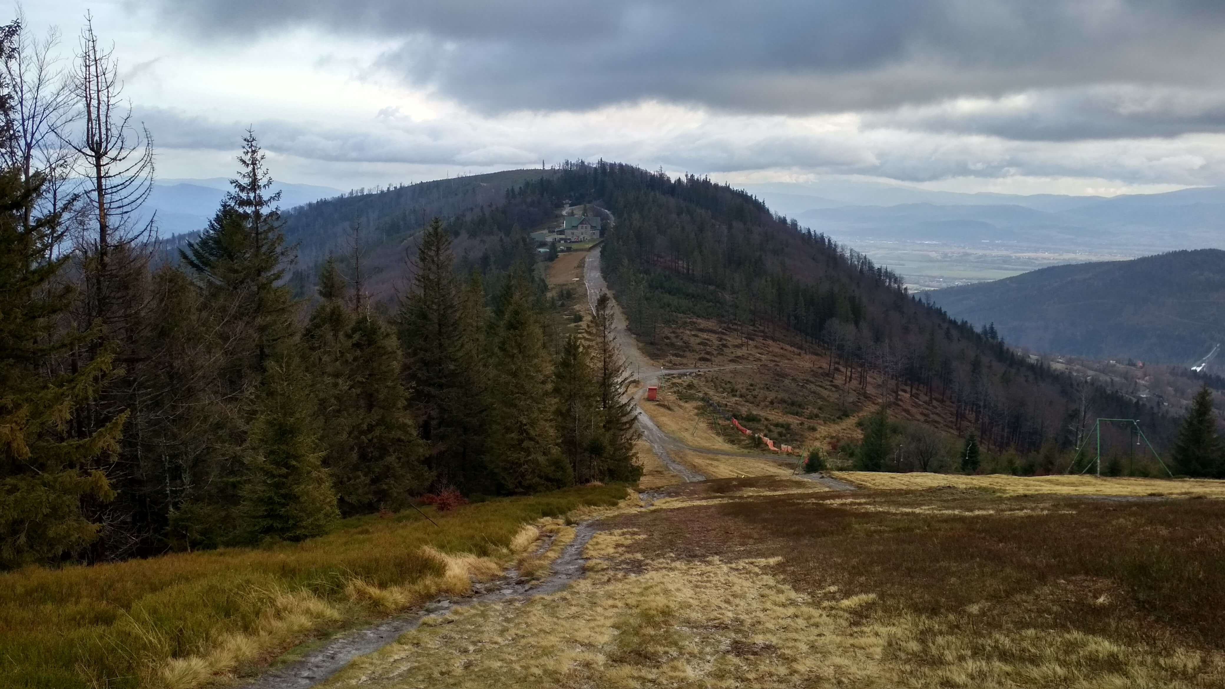 Widok z Klimczoka na schronisko