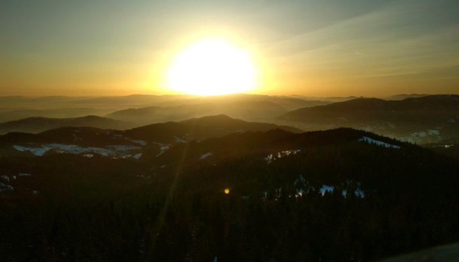 O wschodzie słońca na Gorcu i całym tym wschodowym szaleństwie